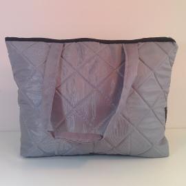 <!--:en-->Campaniola Bags for working women<!--:--><!--:IW--> תיק ונדה <!--:-->